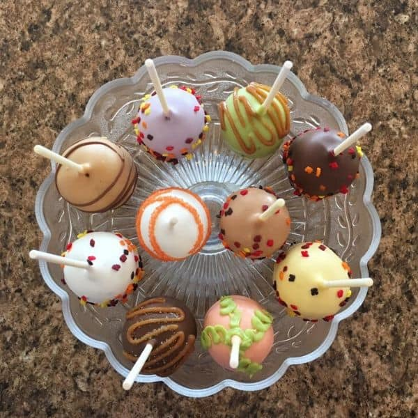 Assorted Designs of Cake Pops