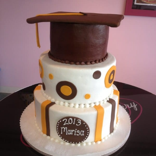 Graduation Cake | Holland Cakery 'n' Sweets