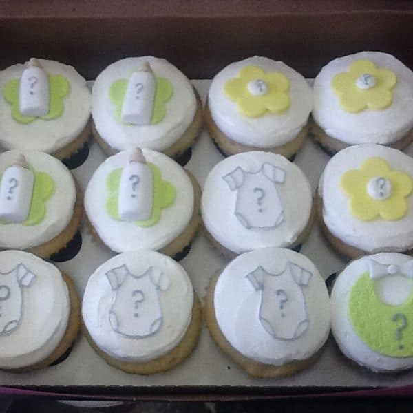 Gender Reveal Party Cupcakes | Holland Cakery 'n' Sweets