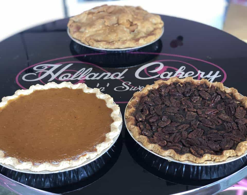 Holiday Pies | Holland Cakery 'n' Sweets
