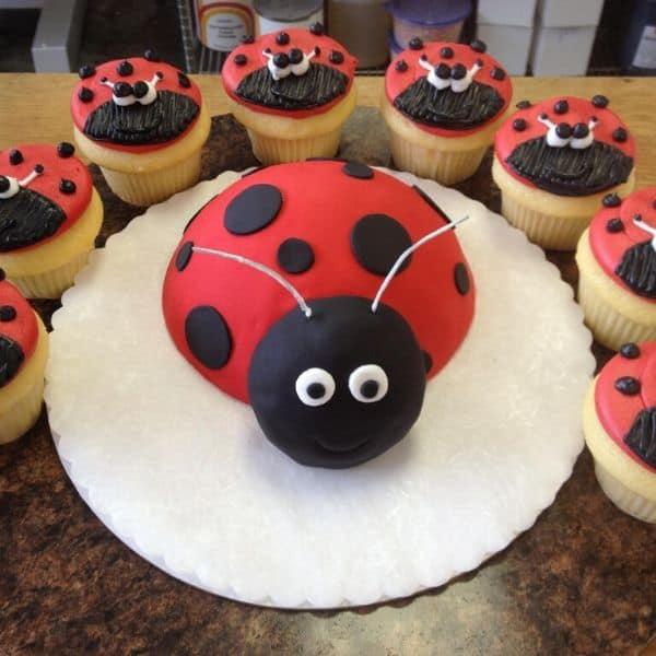 Lady Bug Cupcake Design
