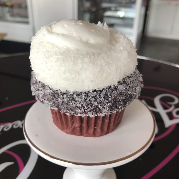 Red Velvet Cupcake with cream cheese buttercream and no filling